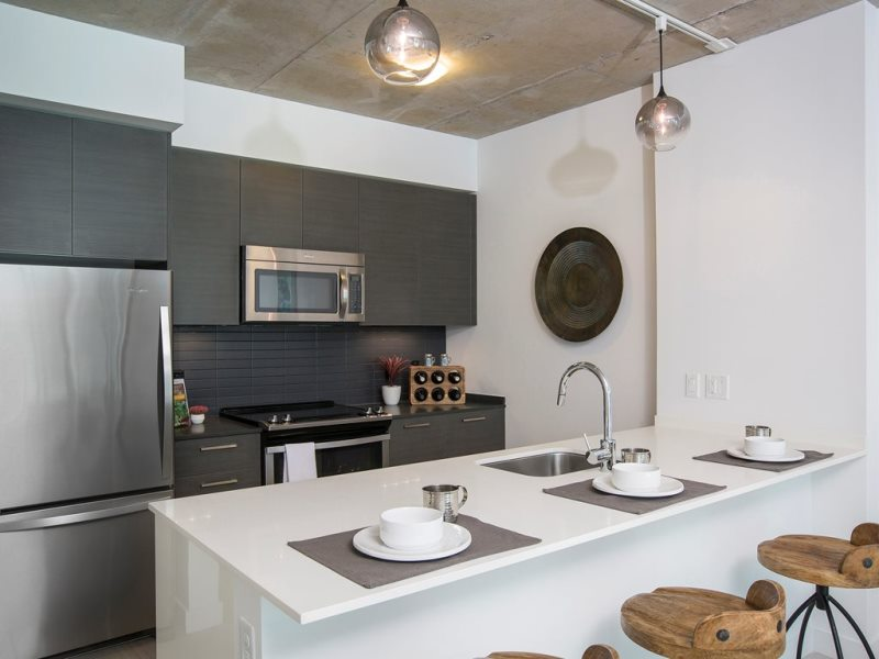 Midtown 5 kitchen