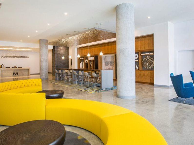 Midtown 5 lobby
